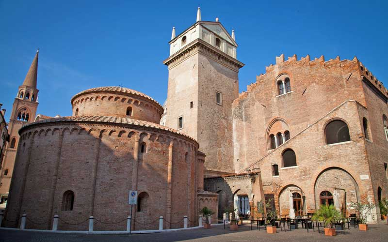 Medieval time in Mantua